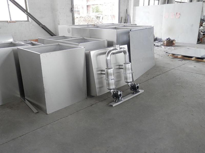 浙江分离油水隔油隔渣设备管理规定