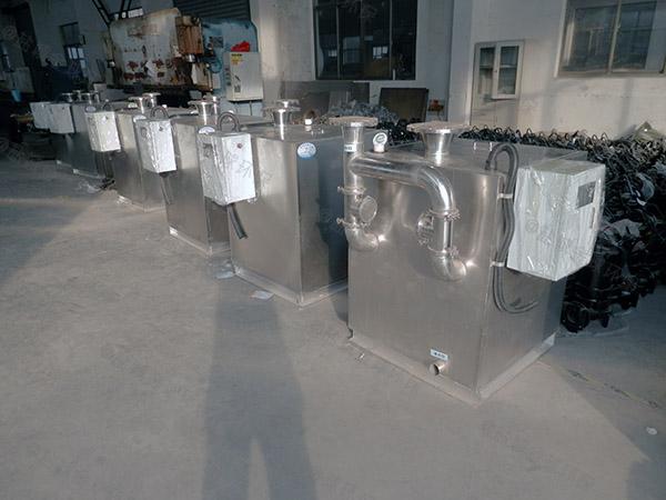 安装家庭新款压缩空气油水分离污水处理设备