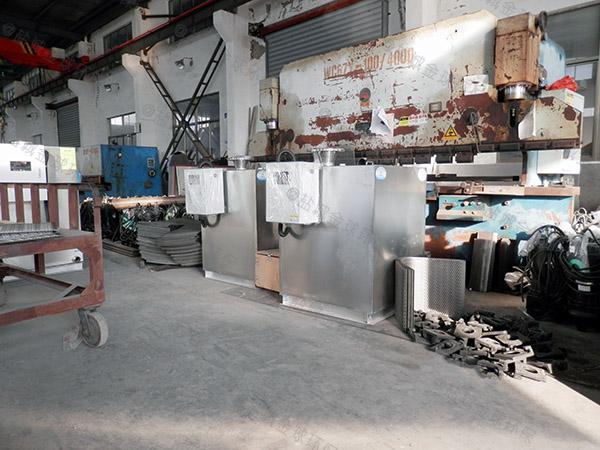 专业做商场新型电加热一体化隔油污水提升设备